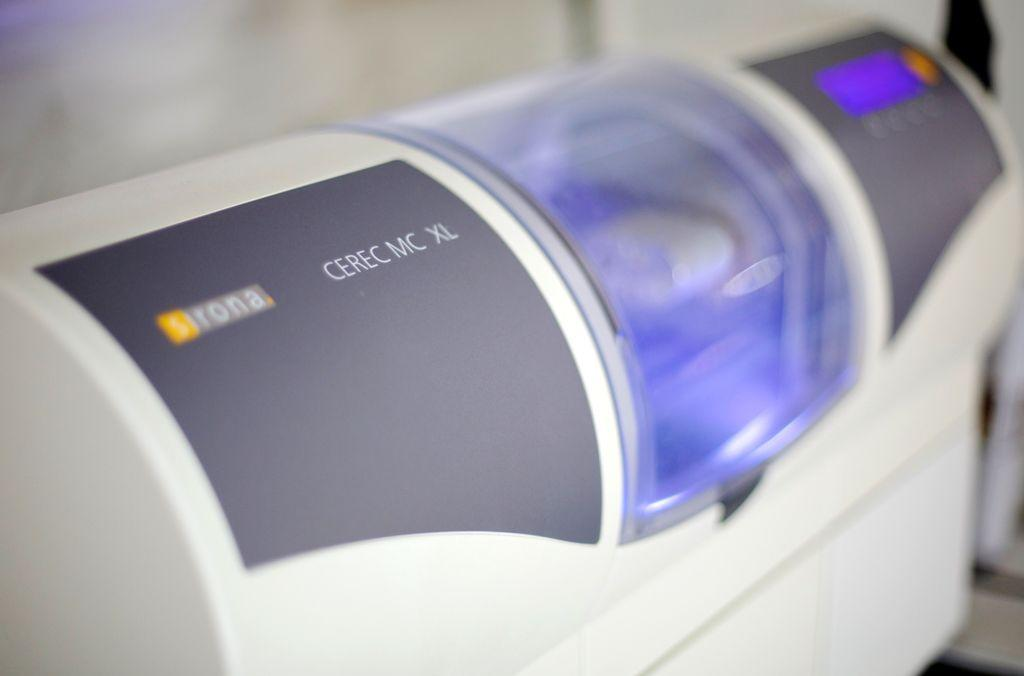 Same-day CEREC Crown machine